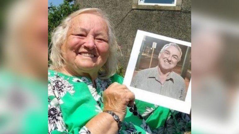 Tras 66 años y al otro lado del mundo, halló a su hijo