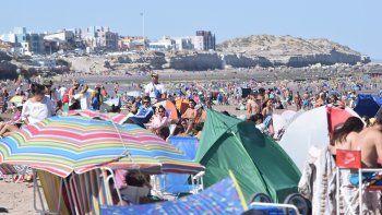 Las Grutas cerró la primera quincena con la mitad de turistas