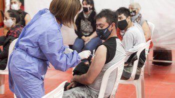 quienes se pueden vacunar este domingo en neuquen