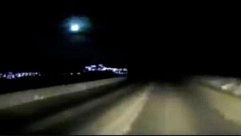 Video: la impactante explosión de un meteorito en el cielo nocturno de Kamchatka