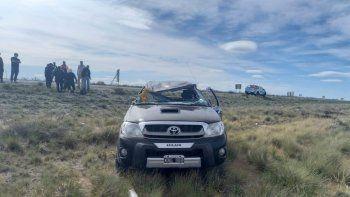 Neuquinos volcaron cerca de Puerto Madryn y fueron hospitalizados