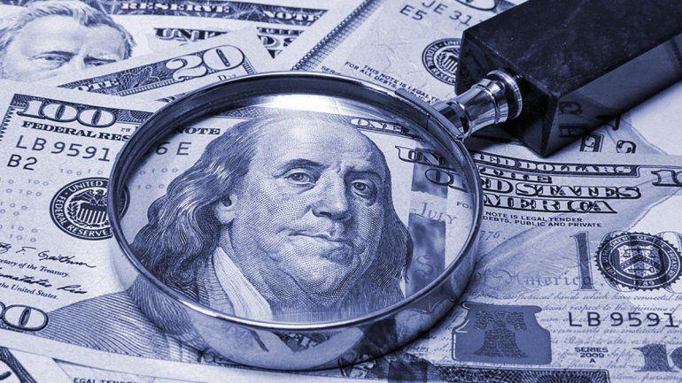El dólar blue vuelve a subir y toca un nuevo récord