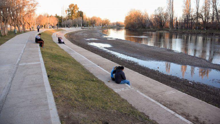 Agua del Río Limay.