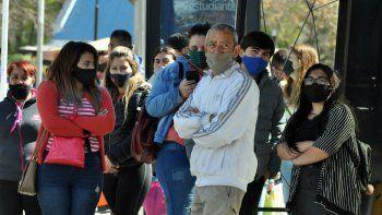 COVID: hubo 221 contagios y cinco muertes en Neuquén