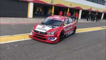 El automovilismo volvió a rugir en el autódromo de Buenos Aires y el Súper TC2000 fue una de las categorías convocada para poner en marcha el protocolo sanitario.