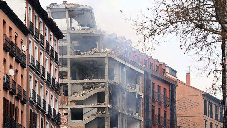 Dos muertos tras una fuerte explosión en un edificio en el centro de Madrid