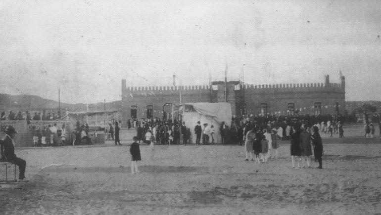 El día que inauguraron la Plaza Roca.