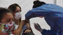 casi 900 trabajadores de salud recibieron la segunda dosis