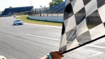 Matías Cravero ganó el Sprint del TC2000 en el autódromo de Buenos Aires