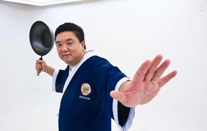 Iwao Komiyama, formado por su madre y su abuela como cocinero