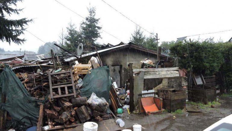 Villa La Angostura: murió asfixiada al incendiarse su casa