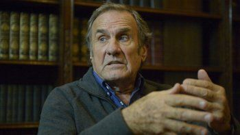 El estado de salud de Carlos Reutemann empeoró y lo trasladaron a Rosario