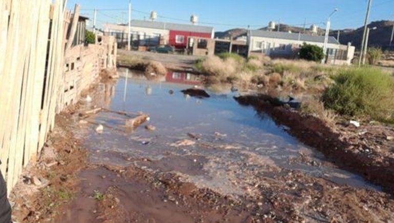 Vecinos reclaman que se termine una obra para evitar inundaciones
