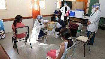 Cómo inscribir a niños mayores de 3 años para recibir la vacuna del COVID