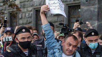 rusia detiene a partidarios del opositor navalny