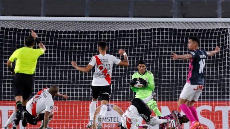 ¿Qué pasa con los equipos argentinos en la Libertadores y la Sudamericana?
