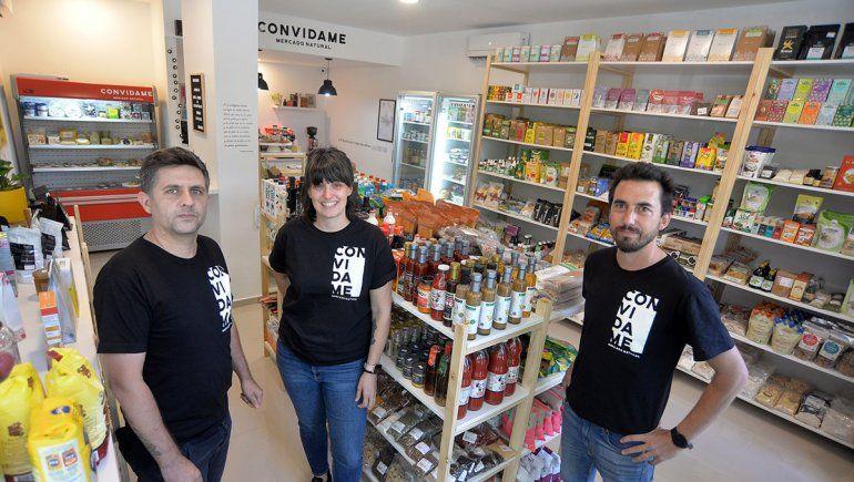 Jorgelina, Manuel y Juri, el staff creativo de Convidame.