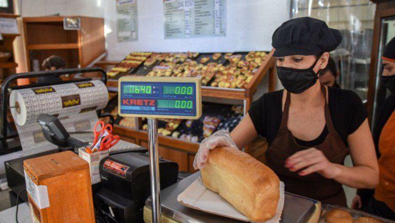 Aseguran que el kilo de pan debería salir $ 250 en Neuquén