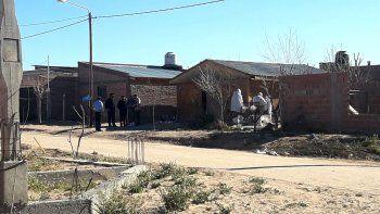 Crimen de Rincón: buscan a los moradores de la casa