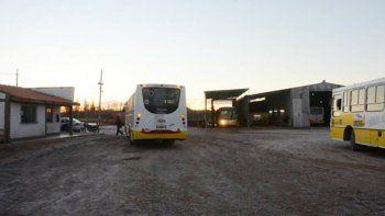 sin colectivos por bloqueo en acceso de autobuses neuquen