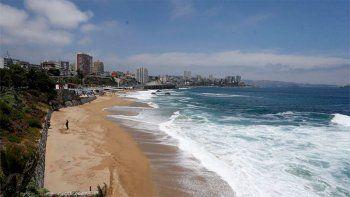 Chile: ordenan evacuar a pobladores costeros por alerta de tsunami