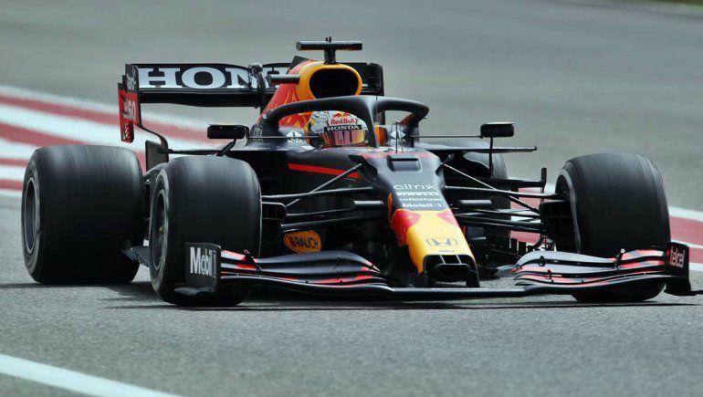 Max Verstappen seguirá liderando la Fórmula 1 aunque no sume puntos en el Gran Premio de Gran Bretaña.