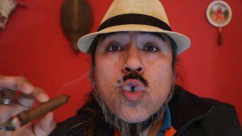 ¡Vos fumá! El Brujo Atahualpa anticipa el ganador.