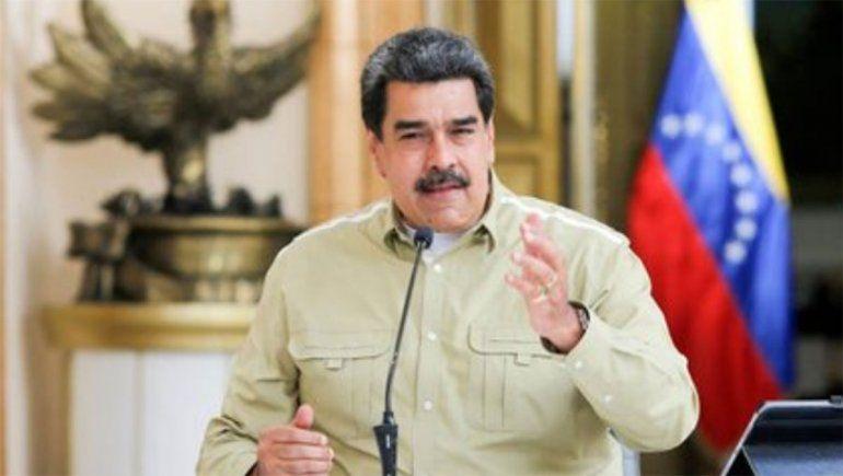 Maduro inicia una cruzada contra AstraZeneca y prohibió la vacuna