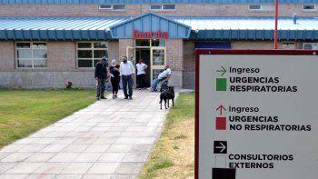 mas de 100 estudiantes de plottier aislados por covid: el hospital trabaja al limite