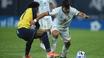 El Juevo Acuña en acción ante Ecuador.