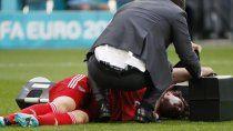 preocupacion por la impresionante caida de espalda de un defensor ruso