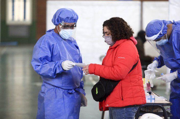 Neuquén reportó nueve víctimas de COVID y 503 casos