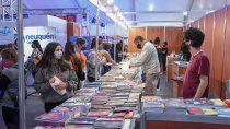 los turistas eligen neuquen, multitudinaria feria del libro y nuevo ife para trabajadores