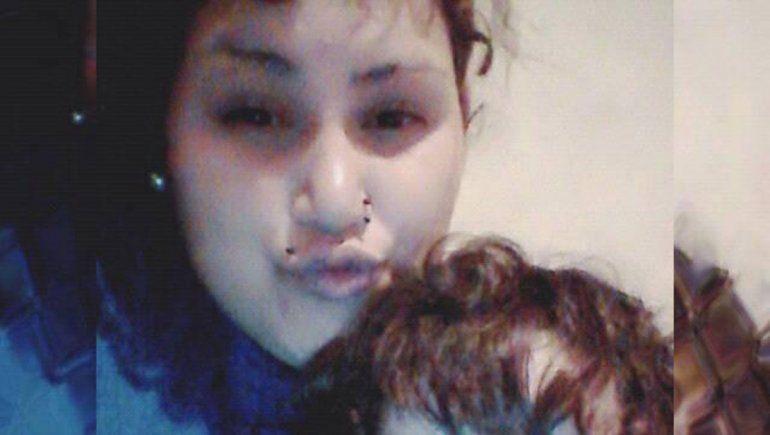 La detuvieron por hacerle fumar un porro a su hijita