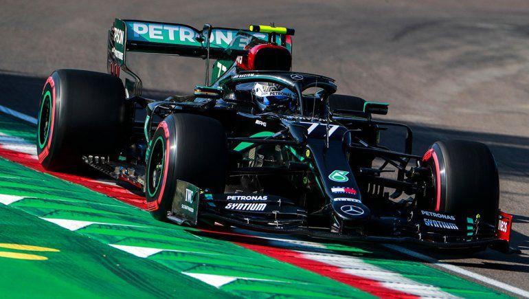 Valtteri Bottas alcanzó su cuarta pole position del año y la 15 dentro de la Fórmula 1.
