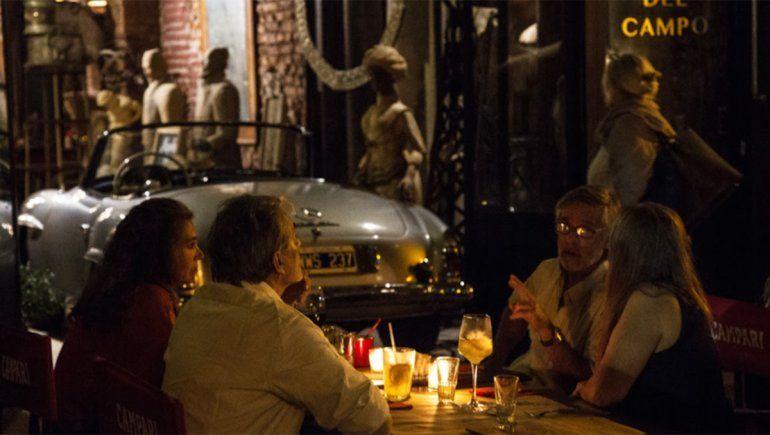 Bar Nápoles.