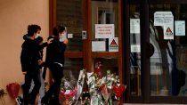 profesor decapitado: lo entregaron los alumnos por 300 euros