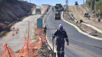 oeste: avanzan las obras de asfalto sobre la avenida huilen