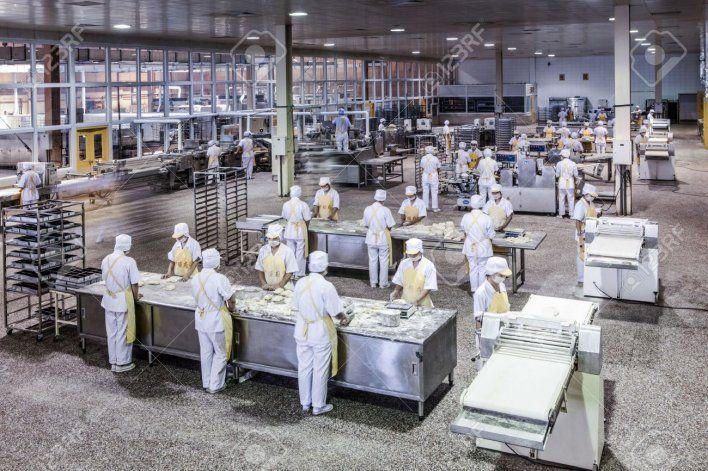 Indec: por las restricciones, la economía retrocedió 1,2% en abril