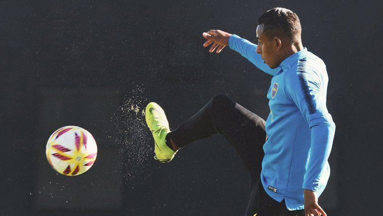 Lejos de sancionarlo, Boca le mejoraría el contrato a Villa