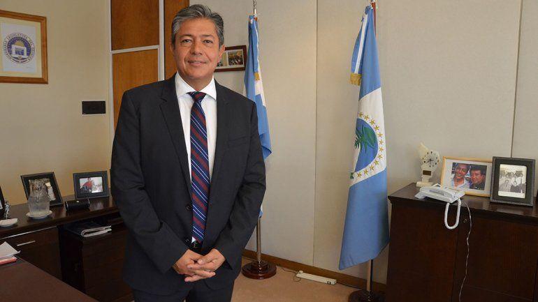 Rolando Figueroa será precandidato a diputado nacional por el MPN