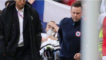 La primera foto del jugador de Dinamarca tras el ataque al corazón