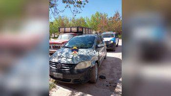 encuentran abandonado un auto robado en el oeste