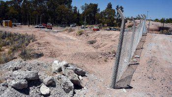 una inmobiliaria y una comunidad mapuche se disputan tierras al lado del rincon club