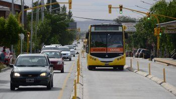 Analizan mejorar la seguridad vial del metrobús