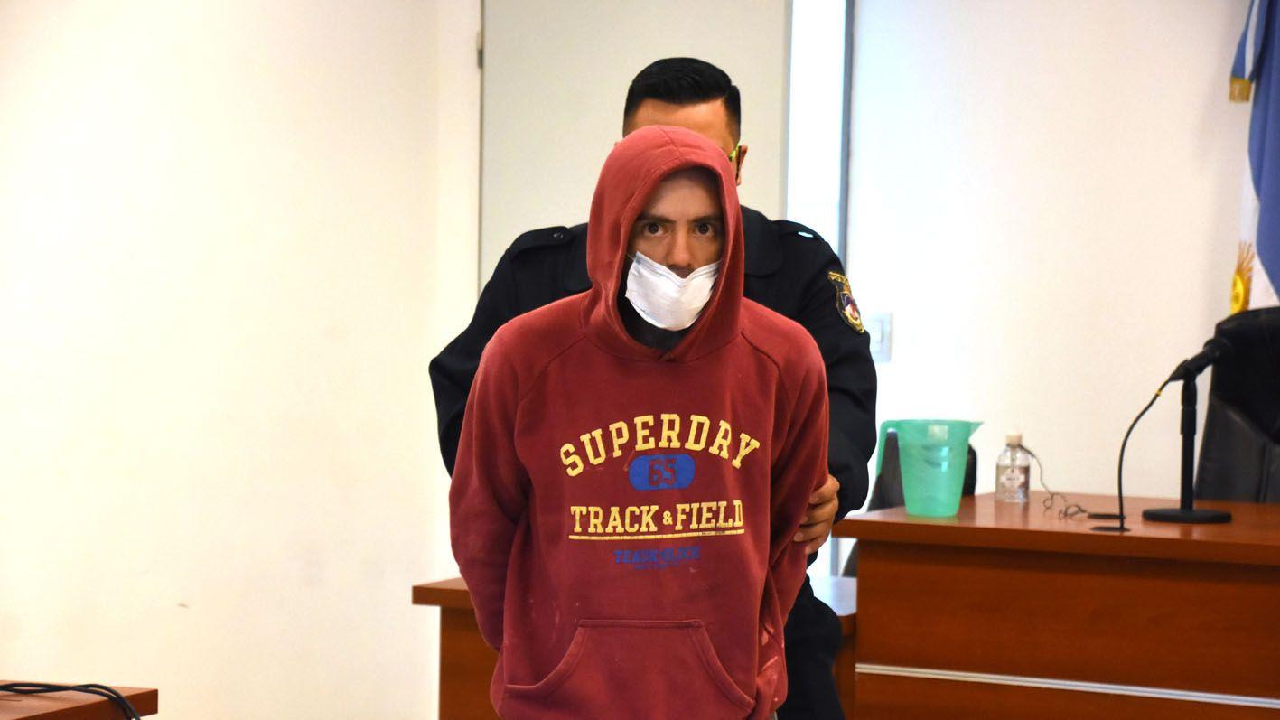 plottier: quedo detenido por matar a un joven a palazos