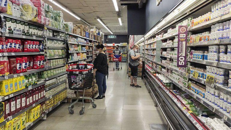 Leve repunte de las ventas de supermercados en abril.