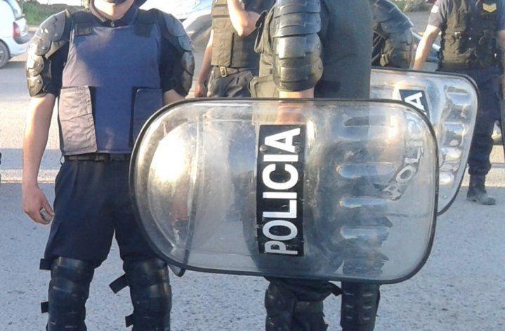 Indemnizan a policía que perdió dientes tras un piedrazo en una manifestación