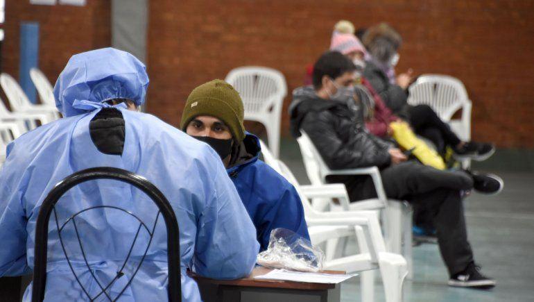 Neuquén reportó 11 muertes y 382 nuevos positivos por COVID