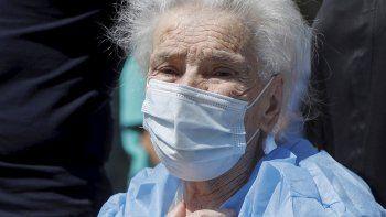 una mujer de 111 anos supero el covid-19